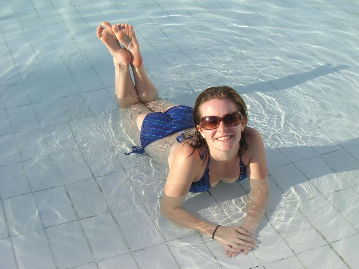 File:Woman bathing in shallow end of swimming pool in Brazil-14March2010.jpg