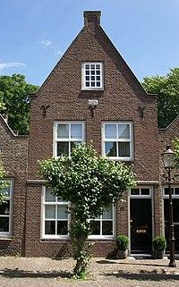 Woudrichem - rijksmonument 39556 - Hoogstraat 51 20120630.jpg