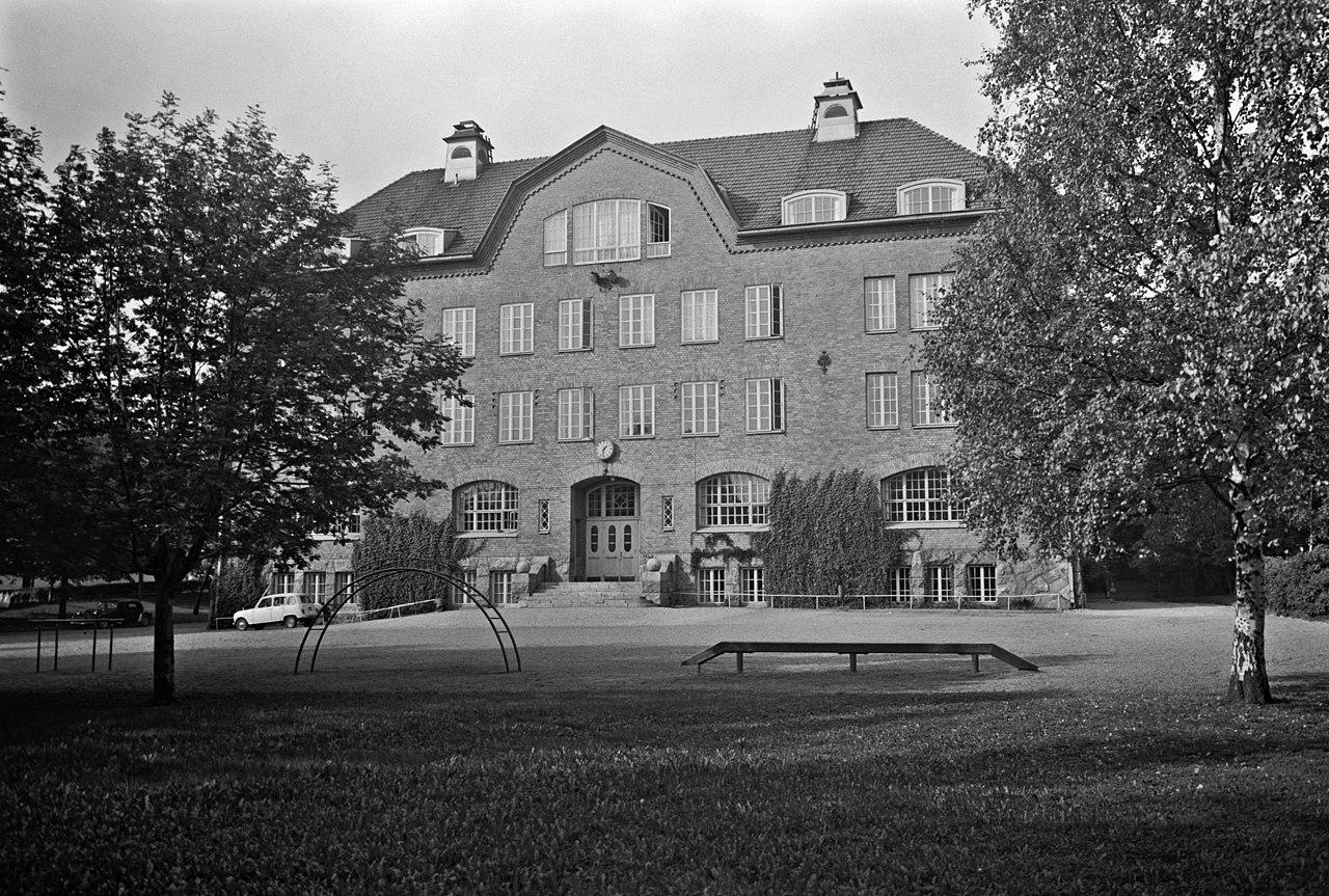 Zacharias Topeliusskolan, Stenbäckinkatu 14 (Topeliuksenkatu 22) - N24811 - hkm.HKMS000005-km0000mynr.jpg