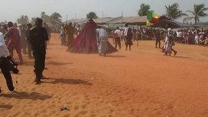 Arquivo: Zangbeto Benin festival Jan 2018.webm