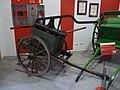 Zaragoza - Museo Bomberos - Carro bomba manual (09).jpg