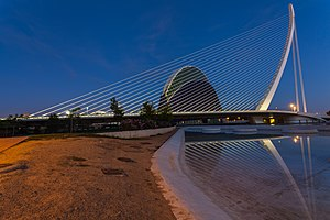 Cantilever spar cable-stayed bridge - Assut de l'Or Bridge, Valencia, Spain