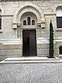 Église du Sacré-Cœur de Lyon depuis la rue Antoine-Charial - porte.JPG