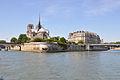 Île de la Cité et Notre Dame de Paris.jpg