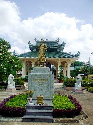 Nguyen Huu Canh - Statue Nguyễn Hữu Cảnh in Biên Hòa