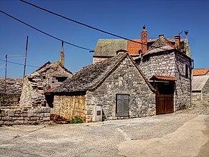 Grohote - Image: Šolta Grohote Hrvatska Old Houses 2012 f