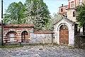 Είσοδος από το αντιπροσωπείο της Μονής Ζωγράφου στις Καρυές Αγίου Όρους. - panoramio.jpg
