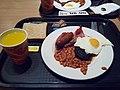 Английский завтрак на пароме из Дюнкерка в Дувр.jpg