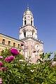 Колокольня с надвратной церковью Ефрема Сирина.jpg