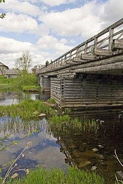 Мост через Чурьегу 2008 г.jpg