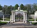 Ограда и ворота усадьбы Середниково..jpg