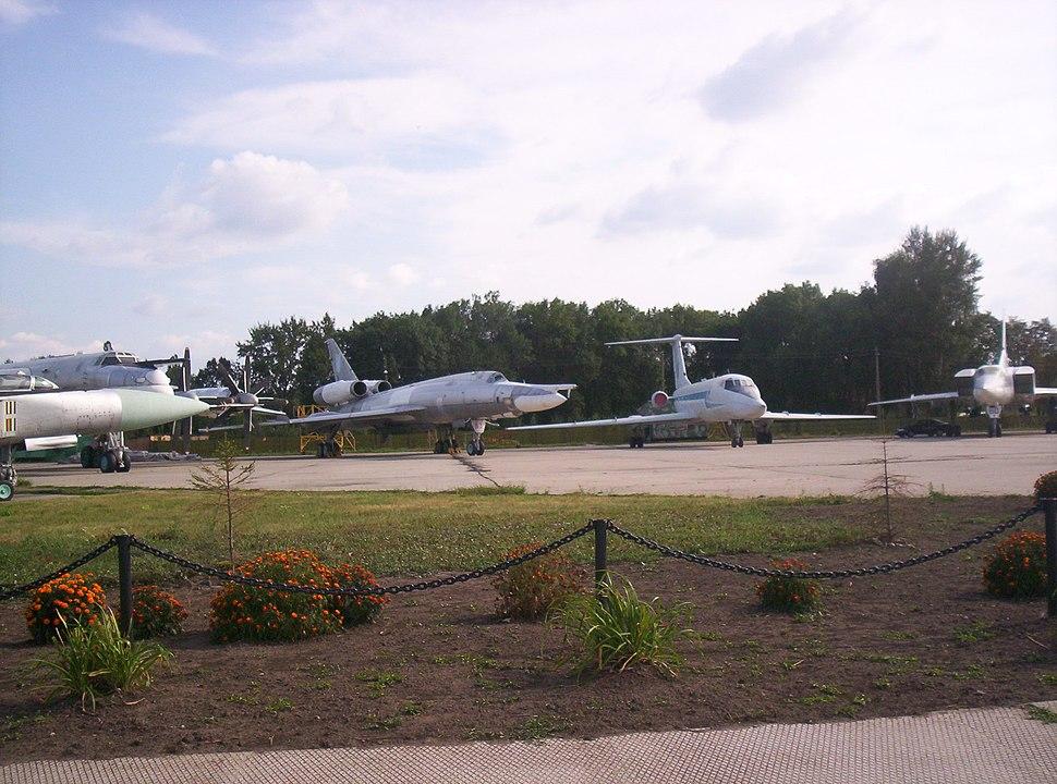 Самолеты в Полтавском авиамузее