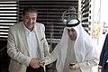 عزيز الديحاني السفير الكويتي في الأردن مع رئيس تحرير الدستور مصطفى الريالات 01.jpg