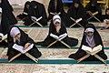 عکس های مراسم ترتیل خوانی یا جزء خوانی یا قرائت قرآن در ایام ماه رمضان در حرم فاطمه معصومه در شهر قم 20.jpg