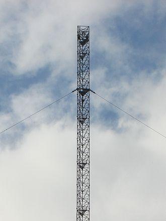 Clarkstown radio transmitter - Image: 01b Clarkestown mast 2007 09 06 CROP. jpg