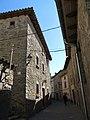 059 Carrer Major (Sant Boi de Lluçanès), amb Cal Nen en primer terme, al núm. 7.jpg