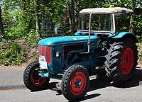 13-05-05 Oldtimerteffen Liblar Hanomag Tractor 02 Kopie.jpg