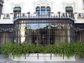 165 Casa Alegre de Sagrera (Terrassa), galeria que dóna al pati.JPG