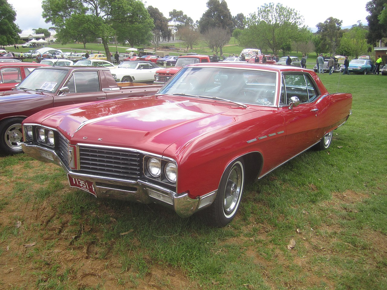 Buick Centurion together with 1966 Buick Electra 225 4 Door Sedan also File 1967 buick electra 225 hardtop as well Buick Lesabre together with 10236 Buick Estate 1976 3. on 1973 buick electra