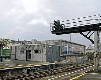 Plymouth railway station - The signal box built in 1960