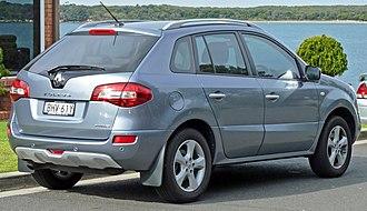 Renault Koleos - Image: 2009 Renault Koleos (H45) Privilege 2.5 4WD wagon (2010 07 19)
