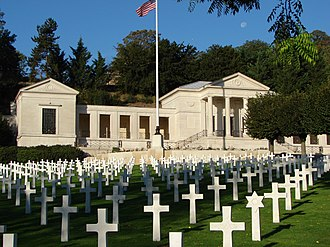 Suresnes American Cemetery and Memorial - Image: 2011 Suresnes American cemetery memorial