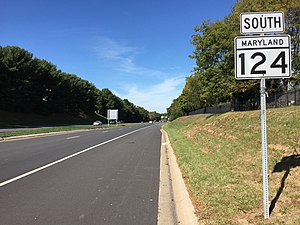 Maryland Route 124 - View south along the Midcounty Highway portion of MD 124 in Gaithersburg