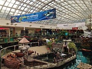 2018-03-26 14-54-00 West Edmonton Mall 01.jpg