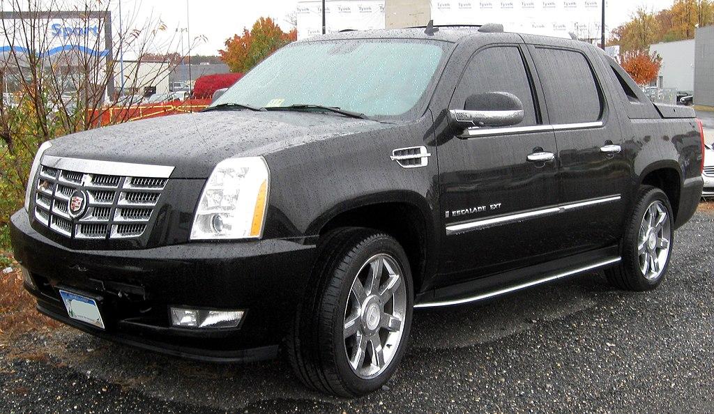 2nd Cadillac Escalade EXT -- 11-10-2011.jpg