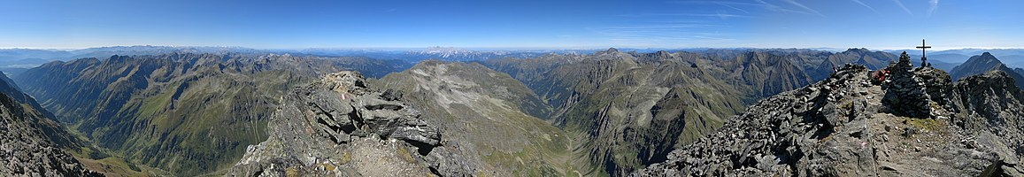 Panoramic view from the Hochgolling, the highest montaun in the Lower Tauern