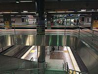 Platform of 7th Metro Center station in Los Angeles