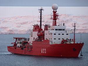 Resultado de imagen de buque hesperides