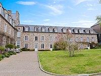 Abbaye de Saint-Jacut-de-la-Mer.jpg