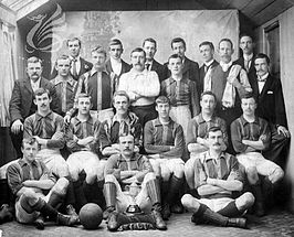 Het team gefotografeerd in 1900.