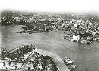Bennelong Point - Image: Aerial view of Sydney Harbour the bridge is under construction