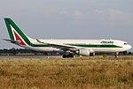 Airbus A330-202, Alitalia JP7243683.jpg
