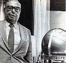Alberto J. Armando Copa Intercontinental.jpg