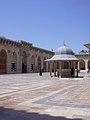 Aleppo (Halab), Omayadenmoschee, 11. Jhdt., Innenhof (37819075615).jpg
