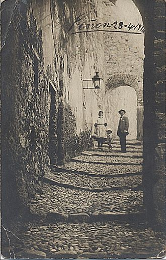 Alhucemas Islands - Spanish family on a street of the peñón c. 1915