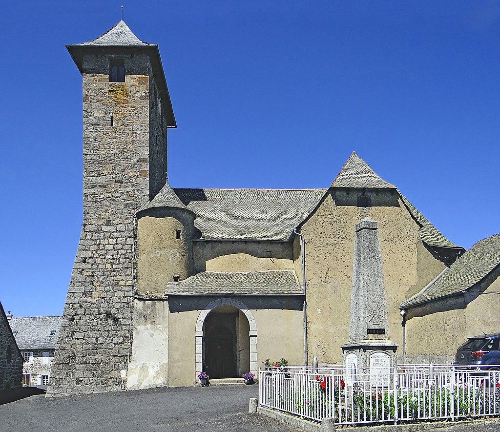 Alpuech - Église Saint-Martin.JPG