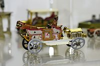 Antique tin toy town car (26023864232).jpg