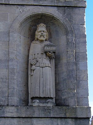 Arno's Court Triumphal Arch - Statue on Arno's Court Triumphal Arch