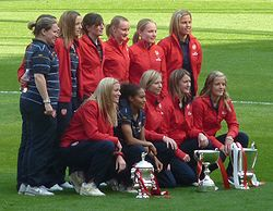 Arsenal Ladies.jpg