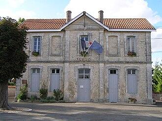 Aussac-Vadalle - Town hall