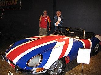 "Austin Powers (character) - Powers' ""Shaguar"" (Jaguar E-Type)"