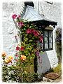 Avebury Doorway with Flowers - geograph.org.uk - 6290.jpg