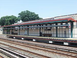 Avenue H (BMT Brighton Line) - Image: Avenue H Platform