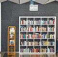 Bücherschrank Rathaus.jpg