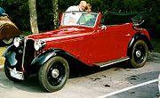 سيارة تعود لعام 1935 من انتاج بي ام دبيلو