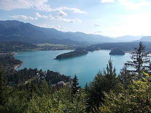 Lake Faak - Lake Faak and Karawanks range